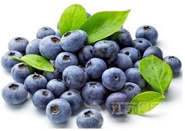 研究者称多吃蓝莓可以降血压
